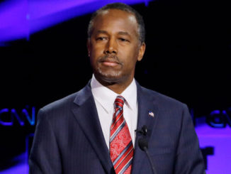 Trump Names Carson as Housing Secretary