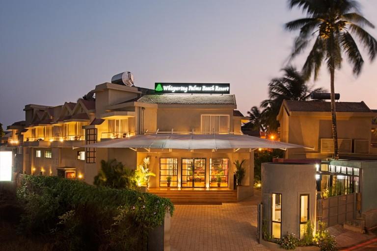 whispering-palms-resort-768x512